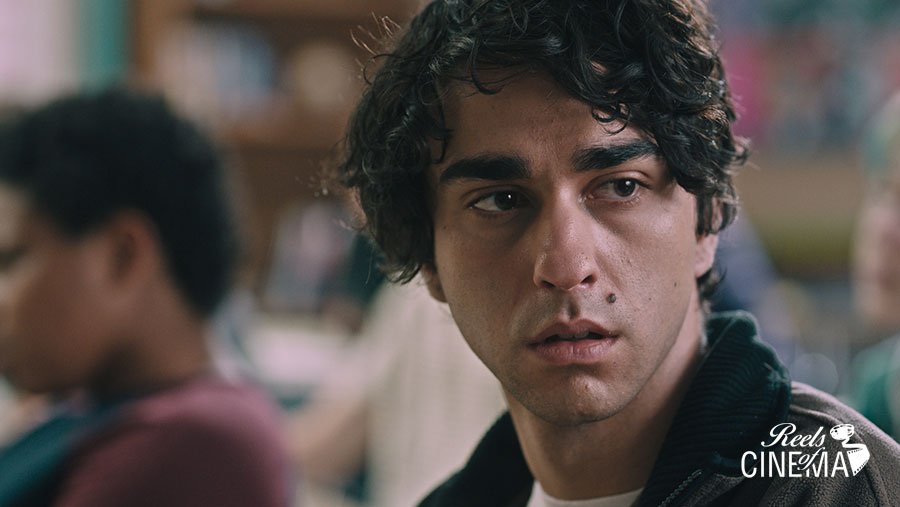 Alex Wolff es Peter en Hereditary